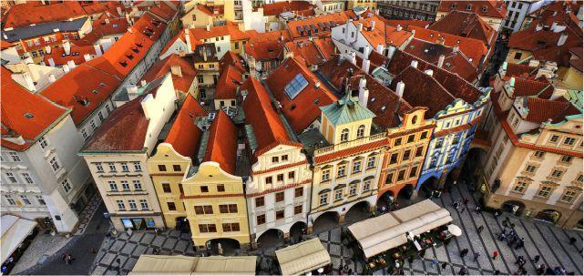 51ac5576637 Pražské realitní centrum. Nemovitosti