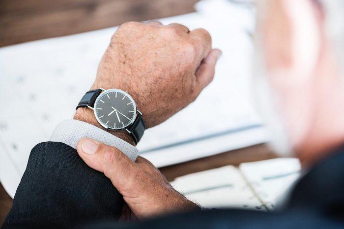 Exkluzivní smlouva s realitní kanceláří se vyplatí, pokud je to zprostředkovatelská smlouva na dobu určitou